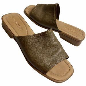 Montego Bay Club 8 Beige Leather Slide Sandals